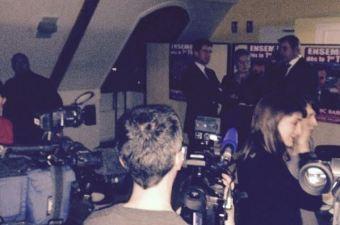 Valls plongé dans le noir par la CGTen campagne électorale pour tenter de conserver sa majorité à l'Assemblée nationale