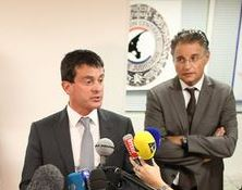 Valls et Bernard Petit