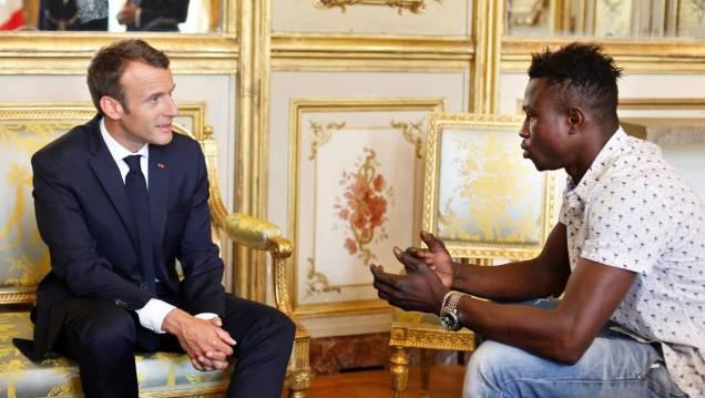 blog -Mamoudou Gassama-le-malien-qui-sauva -un-enfant-recuperation.jpg