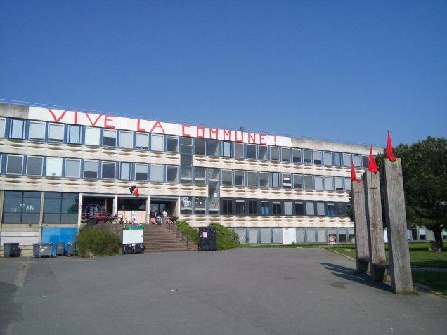 blog -Rennes2-Vive la Commune sur fronton-mai2018