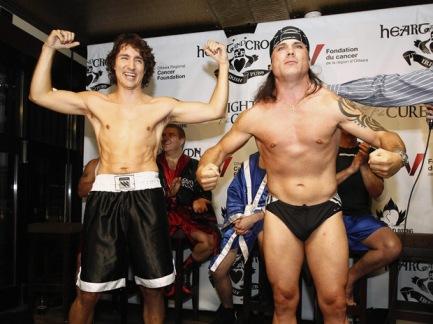 blog -presidents et le sport-J Trudeau-boxing-patrick-brazeau.jpg