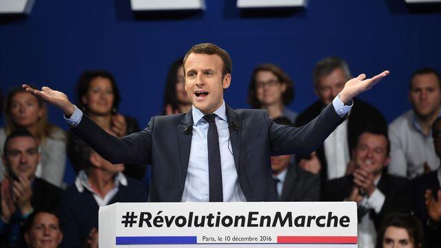 emmanuel-macron-candidat-a-l-election-presidentielle-le-10-decembre-2016-en-meeting-a-paris_5762263