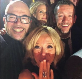 blog -selfie Obispo et Brigitte Macron chez Line Renaud-juill2018.jpg